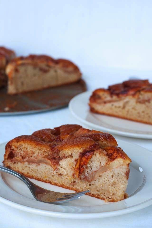 Ik kan er niks aan doen, taart en cake met appel is gewoon áltijd lekker, in wat voor vorm dan ook.Deze appelcake staat in het boek van Rutger en ziet er op de foto heerlijk uit, maar dat is eigenlijk