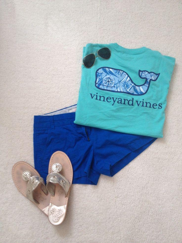 itsxxmollyxx:  OOTD:  Shirt: Vineyard Vines Shorts: J. Crew Jack Rodgers Raybans
