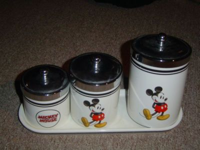MICKEY MOUSE 3 PIECE CANISTER SET