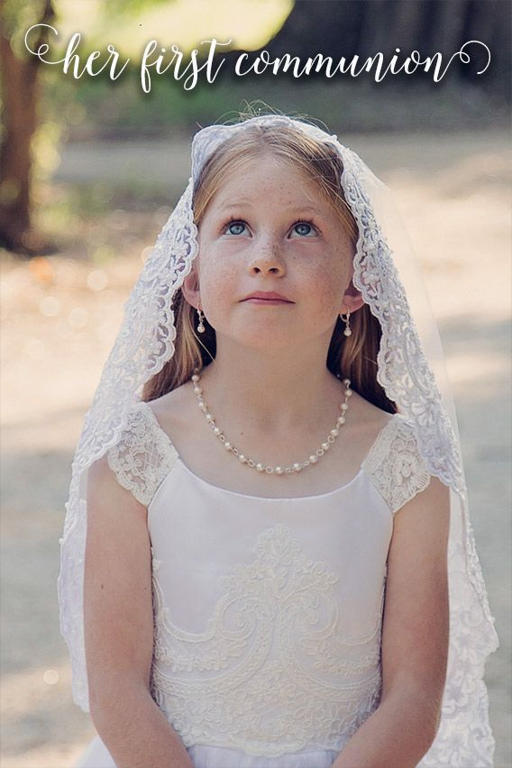 f244ea81c Precious First Communion real pearl jewelry for her special day. Bracelets,  necklaces and earrings