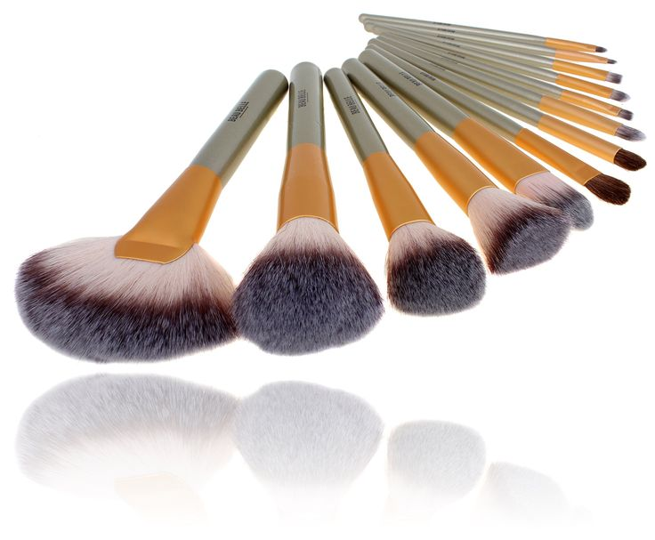 Beau Belle Makeup Brush Set - Makeup Brushes - Make Up Brushes - Makeup Brushes Set. Our ever so stylish neutral 18 piece professional make up brush set!. This 18 piece professional makeup brush set contains a variety of brushes for your face, eyes, lips and brow application needs. All over makeup application with one set!. Includes a brush case to help store your brushes and keep them within easy reach. Sleek metallic handles with a textured neutral case for a modern yet elegant touch....