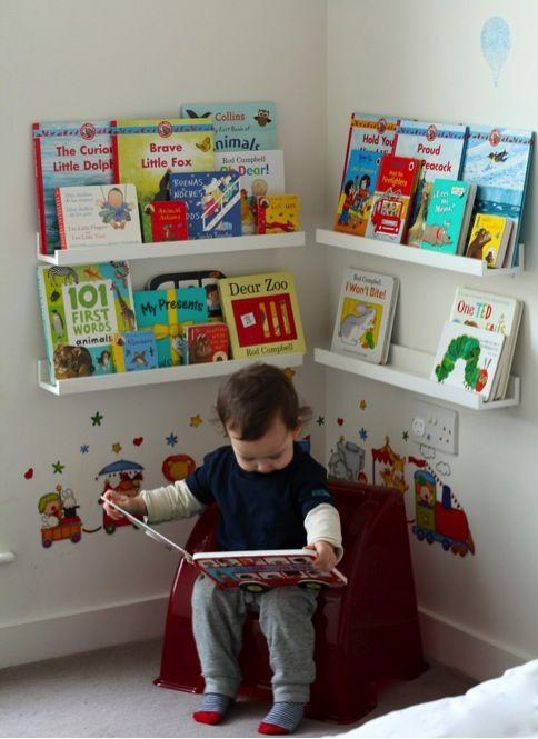 10 camerette Montessori a cui ispirarsi Sono pratiche, l'abbiamo detto, ma sono anche bellissime: forse perché con la loro misura da bambini e i...