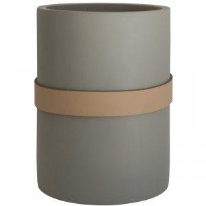 Beautiful Utensil holder - perfect for easy table setting #weylandts #entertaining