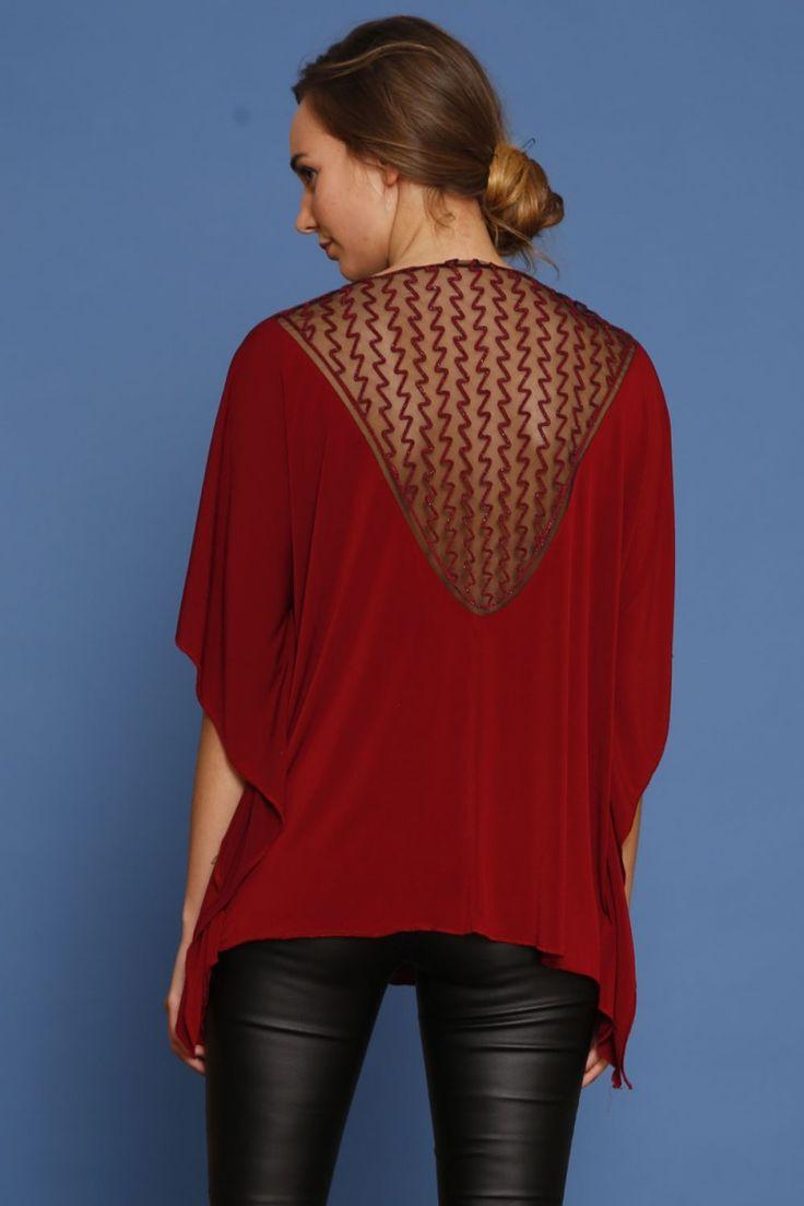 Oversizowa bluzka z haftem na plecach - wino