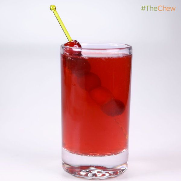 Clinton Kelly's Cranberry Claus Punch #TheChew