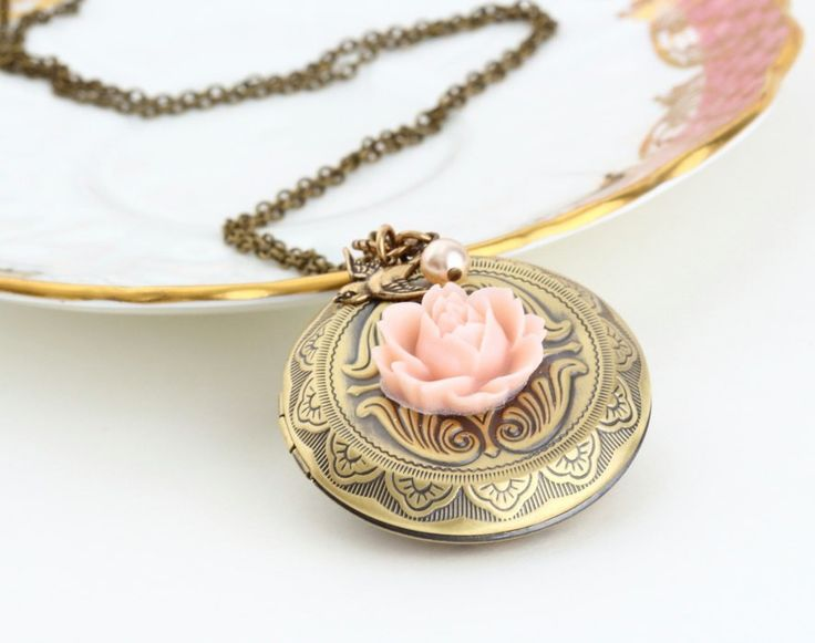 Large Locket Necklace on framestr.com