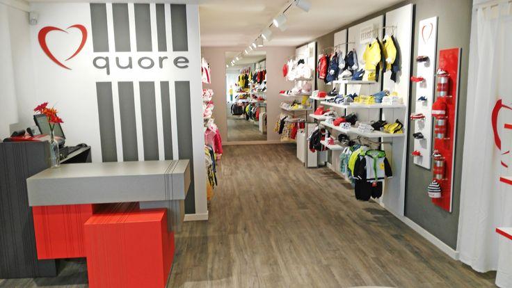 Il QuoreStore in via Castruccio Castracani, 2 a Castelnuovo di #Garfagnana! #toscana #abbigliamentobambino #kidswear