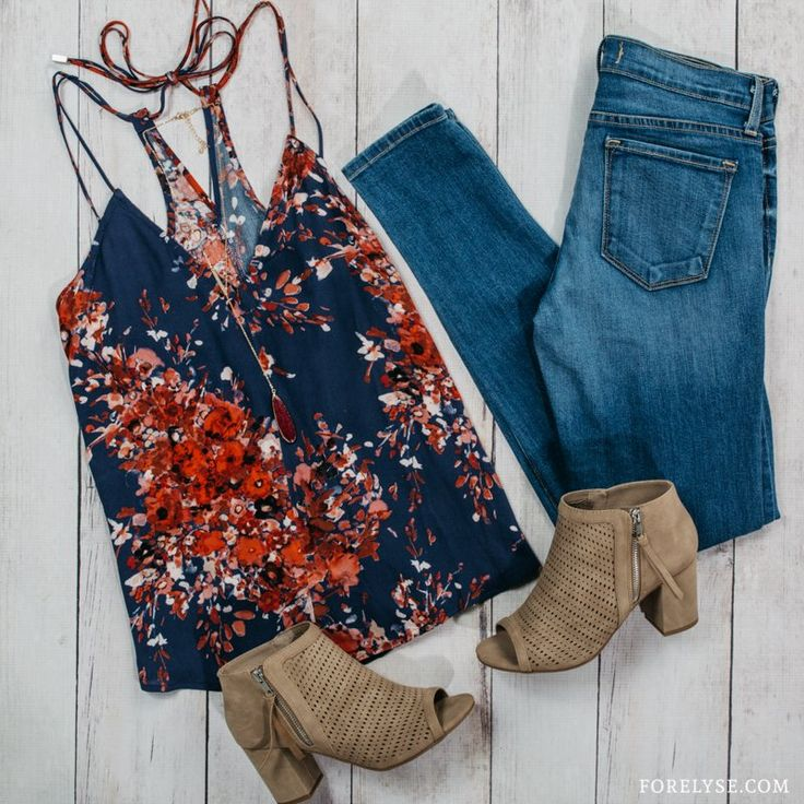 yle, going away outfits, fall trends, fall fashion, fashion blog, trending now, wanderlust, boho style, boho fashion, floral dress, fall florals, bohemian fashion, bohemian clothing, fall clothing, fall clothing ideas, boho top, fall outfit, boho outfit, casual style, weekend style, wrap dress, bold prints, fall florals , floral printed top, floral top,