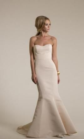 Amy Kuschel Lennon 8: buy this dress for a fraction of the salon price on PreOwnedWeddingDresses.com #wedding #mybigday