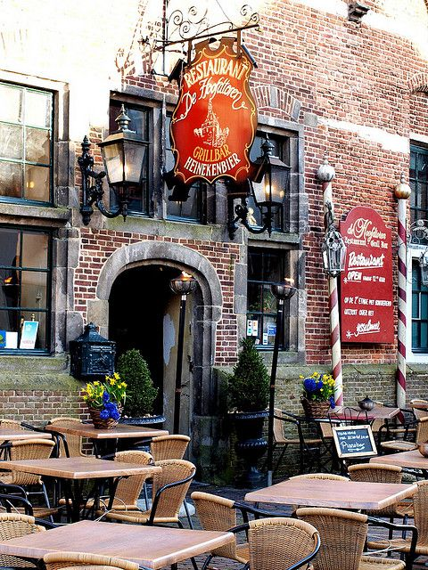 Hoorn. welcoming and gezellig. The furniture is what we had in my childhood home on the patio…would like some, now.