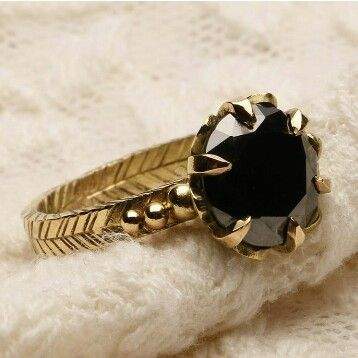 huge 2.50 carat natural black diamond engagement antique ring made in 18 k yellow gold