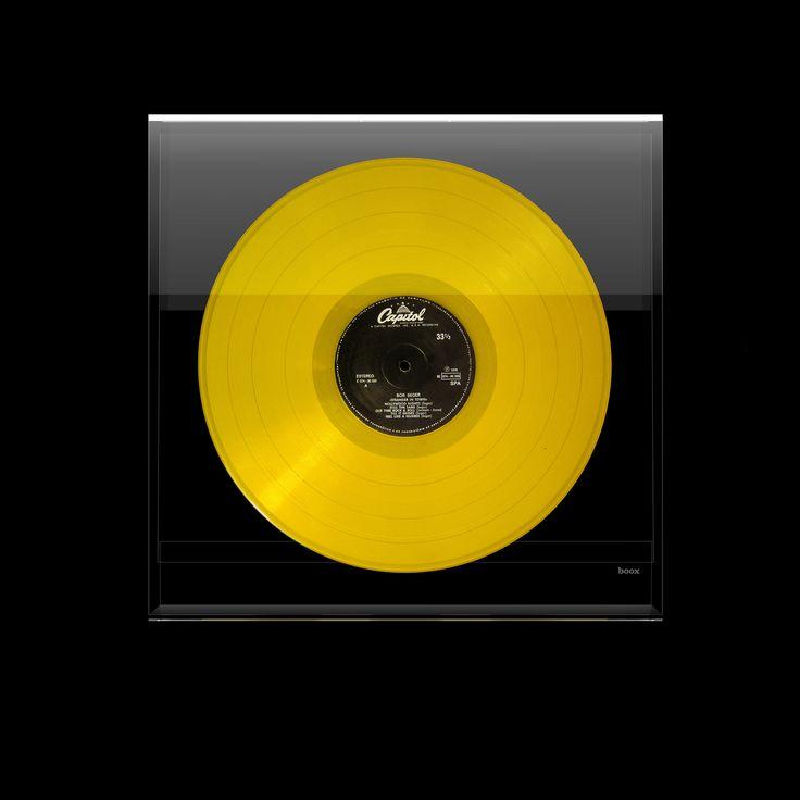 BOOX SQUARE #productdesign #design #books #magazines #interiors #architecture #photography #literature #art #fashion #lisboa #innovation #boox #booxsquare #vinyl #vinylalbum #circle