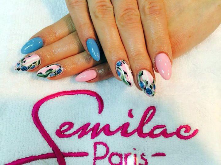Stylizacja pełna romantyzmu dzięki kwiatom;) #nail #nailart #naildesign #floral #flowersnail #flowers #pink&blue #semilac #hybrid