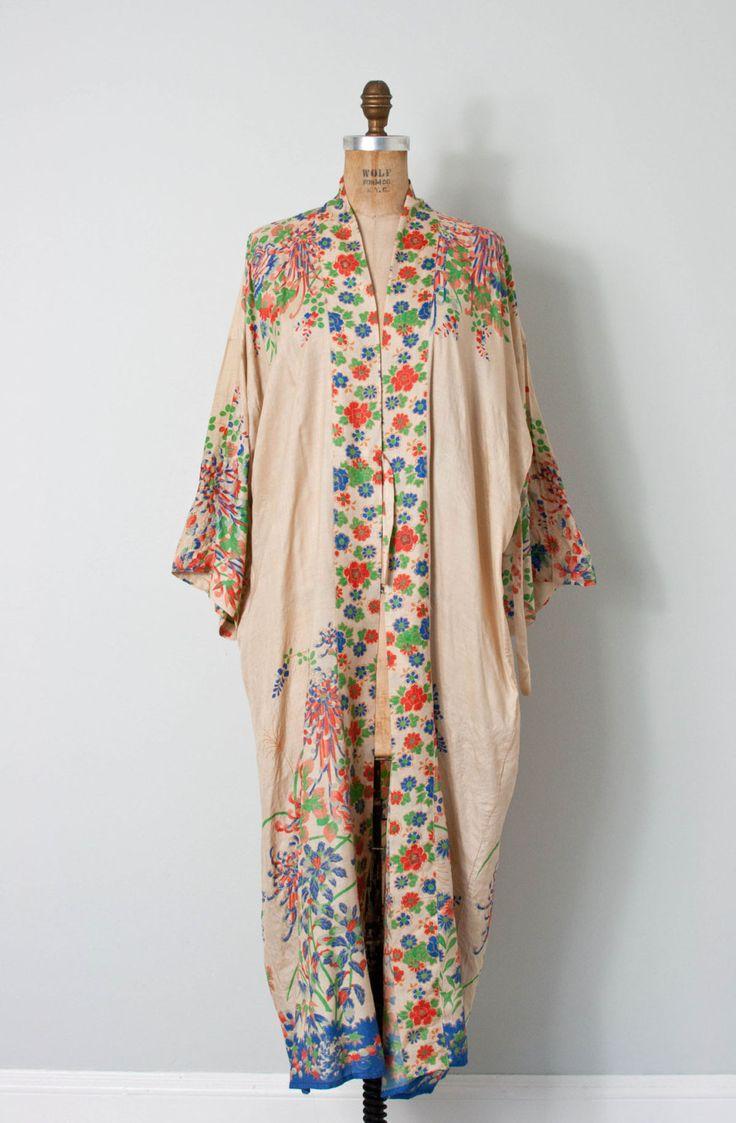 vintage 1920s silk kimono robe • 20s floral silk robe by SwaneeGRACE