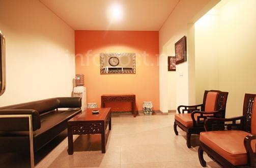 Blok S Suite's living room