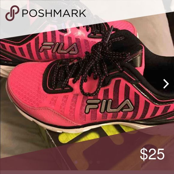 Fila running shoes Bright pink color, worn but great condition, memory foam insides Fila Shoes Athletic Shoes