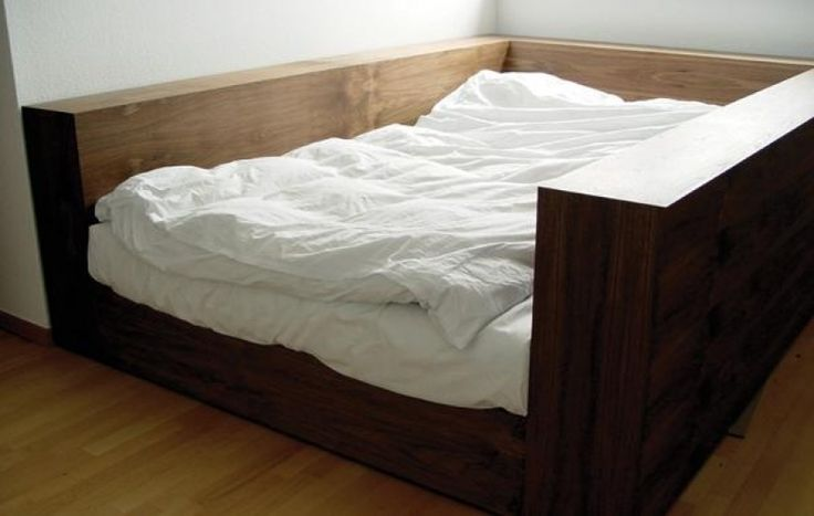 Best 25 Enclosed Bed Ideas On Pinterest Bed Nook Small