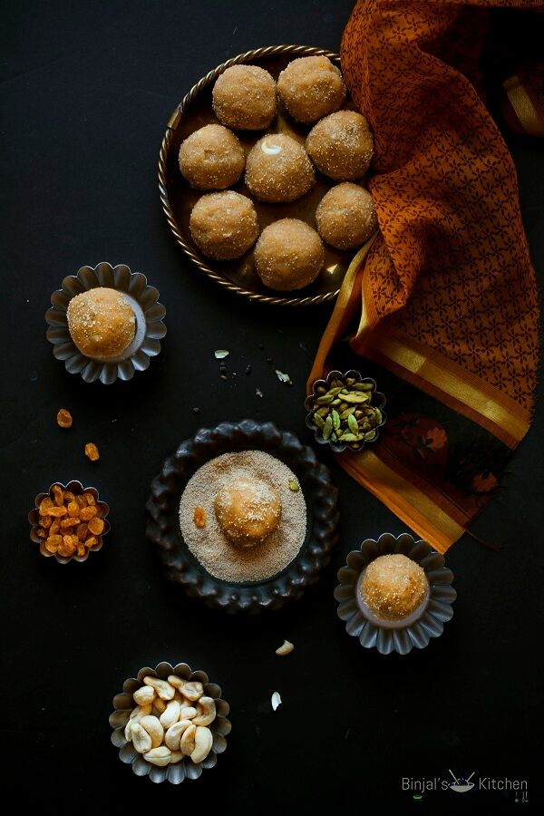 Churma Ladoo or Churma na Ladwa is Indian sweet made during special occasions or festivals. Churma Ladoo is traditional Gujarati sweet as well Rajasthani.