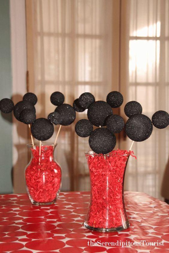 The Serendipitous Tourist: Mickey Centerpieces, Disney party, Mickey Mouse