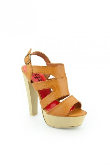 Linda Platform in camel. I love the chunky wooden heel. I can imagine the possibilities. $52