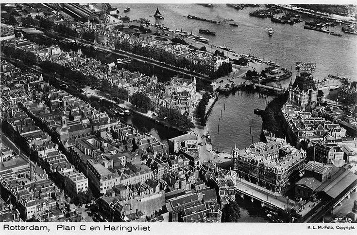De situatie rondom de oude haven herkenbaar vanwege het witte huis