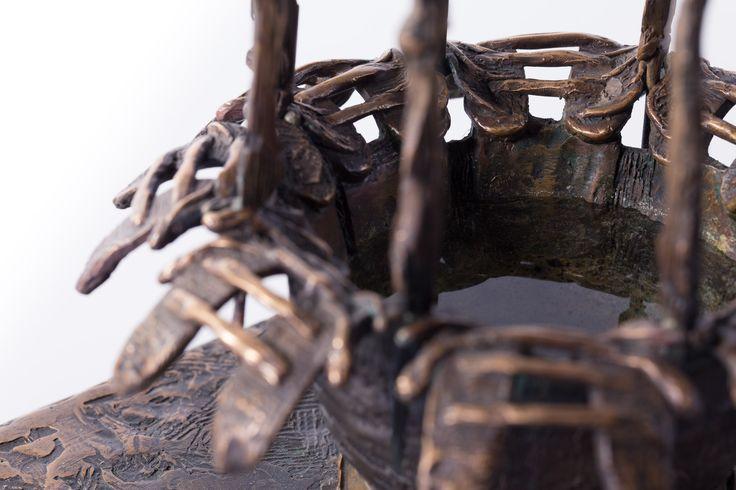 Filippo Vieri   INIZIAZIONE bronzo - 2006 - H. 50 cm. Photo: stefanocasati.com