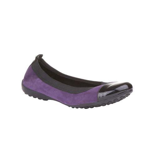 Baťa, Dámská obuv WEB - right side at 45 angle