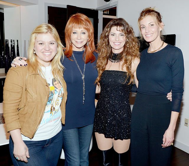 17 best images about faith hill on pinterest nicole for Who is reba mcentire married to now