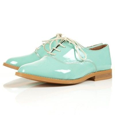 Kitch Brogues