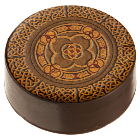 Celtic Circles Pattern Chocolate Dipped Oreo