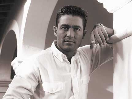 Fernando Colunga  :-D :-D (blush, giggle, giggle)