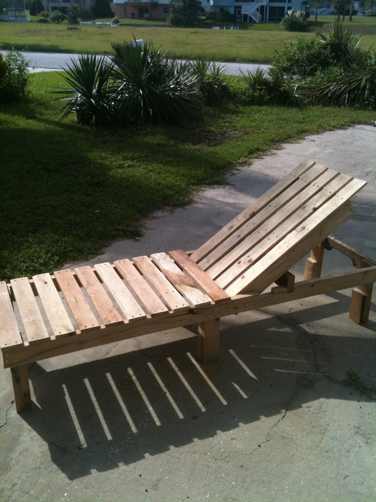 Wooden chaise lounge chair plans woodworking projects for Cedar chaise lounge plans