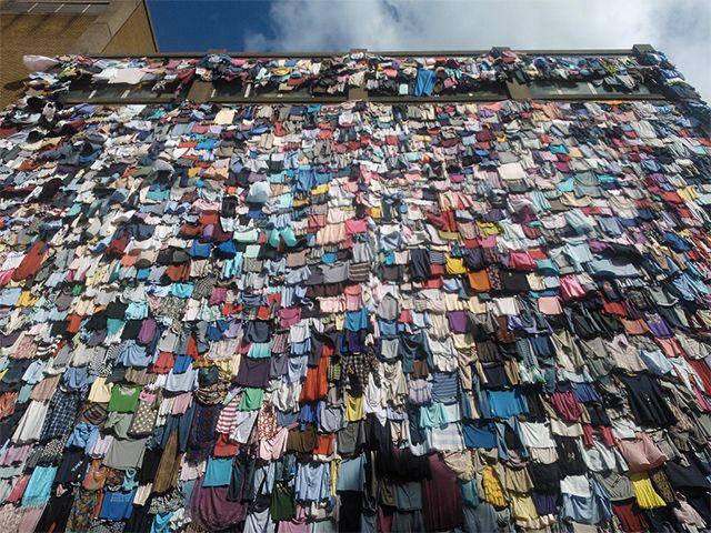 """""""No hay reglas en la moda a excepción de una. Recicla tu ropa"""", by H&M"""