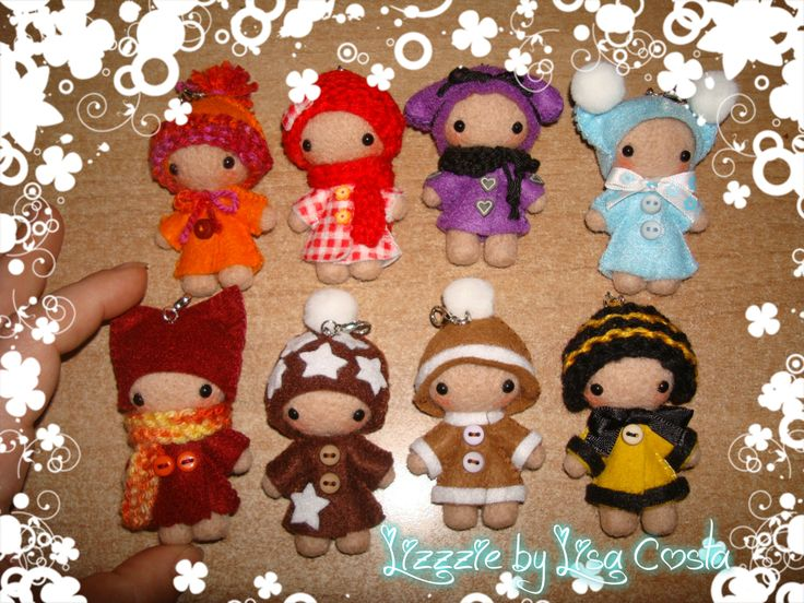 The first eight small dolls
