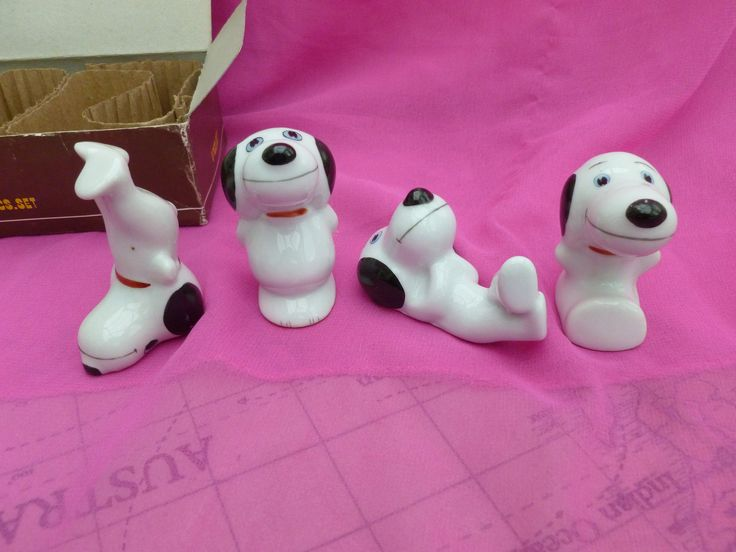 Snoopy boxed set - Four vintage Snoopy figures - Snoopy gift box - Vintage china dogs - 4 piece set of Snoopy  - Charlie Brown's dog by Teddyrose54 on Etsy