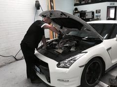 If you are struggling with your gearbox and not able to find the actual issue, Contact Townsville Gearbox Reconditioned, Our specialist can help you to find the issue and fix it in less time at reasonable price.