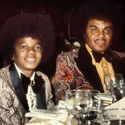 Michael And His Father, Joseph At The 1973 Golden Globe Awards   Curiosities and Facts about Michael Jackson ღ by ⊰@carlamartinsmj⊱