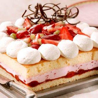 Recept: Aardbeien bavaroise taart - Desserts - Recepten | Deleukstetaartenshop.nl