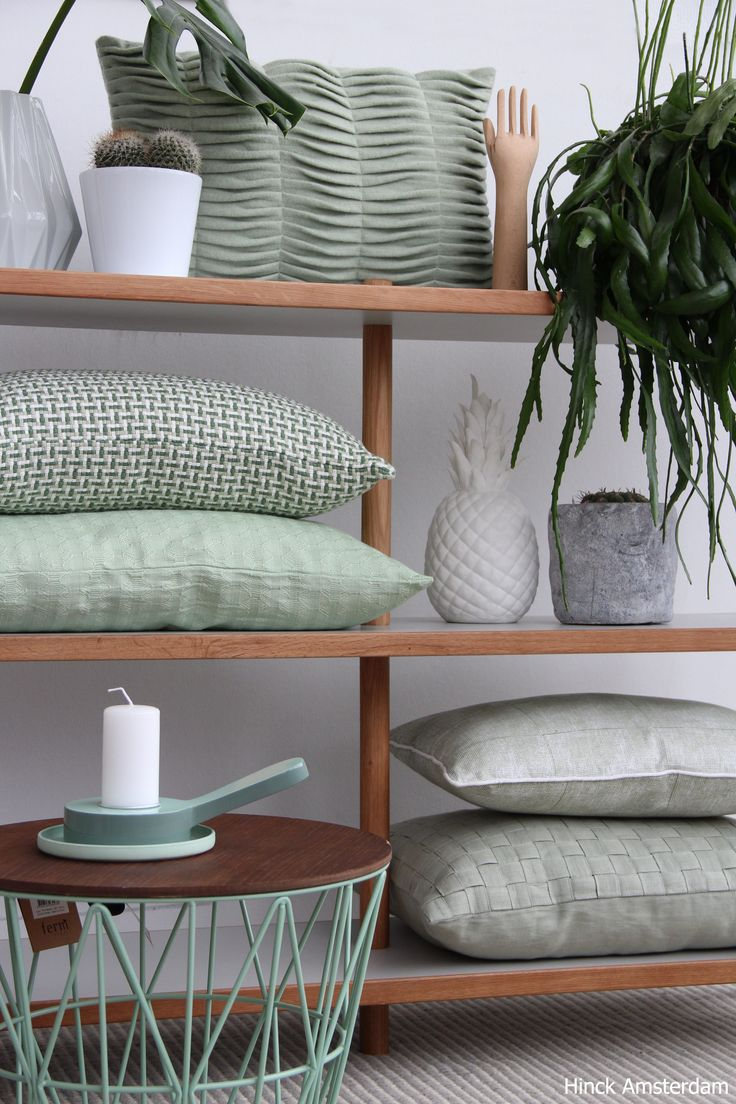 Lovely Mint  #inspiration #interiordesign #photography #green #dutchdesign #cushion #interior2018 #styling #trends #livingroom #mint #hinckamsterdam