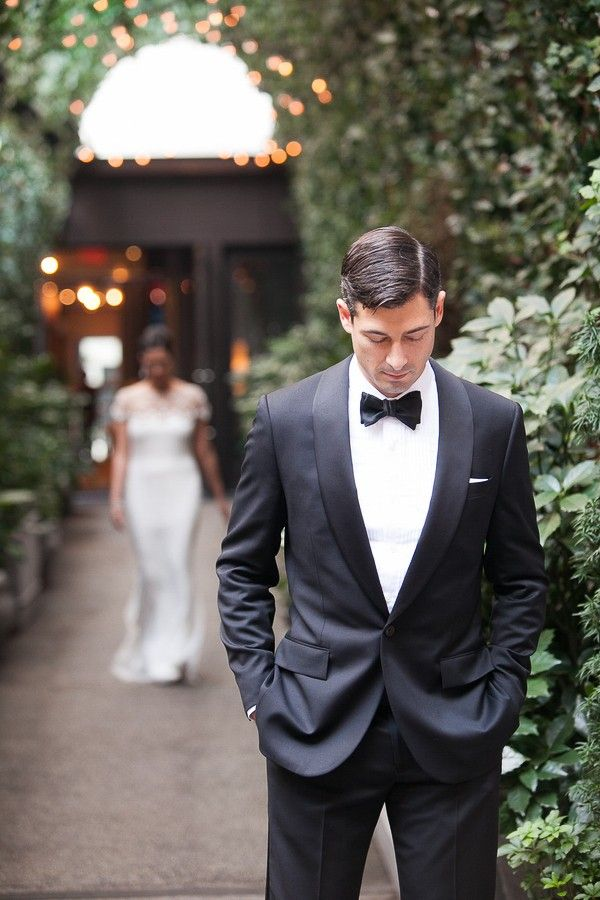 Today we have a rustic New York wedding featured on Trendy Groom Wedding Blog. Rustic New York Wedding photos captured by 5th Avenue Digital.