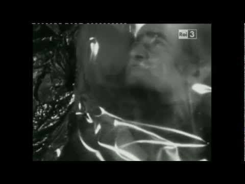 ▶ Alberto Burri - Il pennello di fuoco