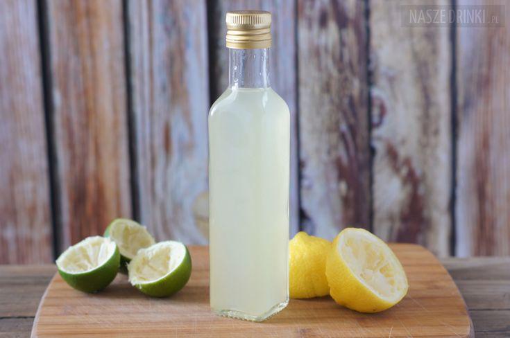 Sweet and sour mix (lub sour mix) to słodko-kwaśny syrop, będącym jednym ze składników wielu różnych drinków. Jest to mix syropu cukrowego i soku z cytryny
