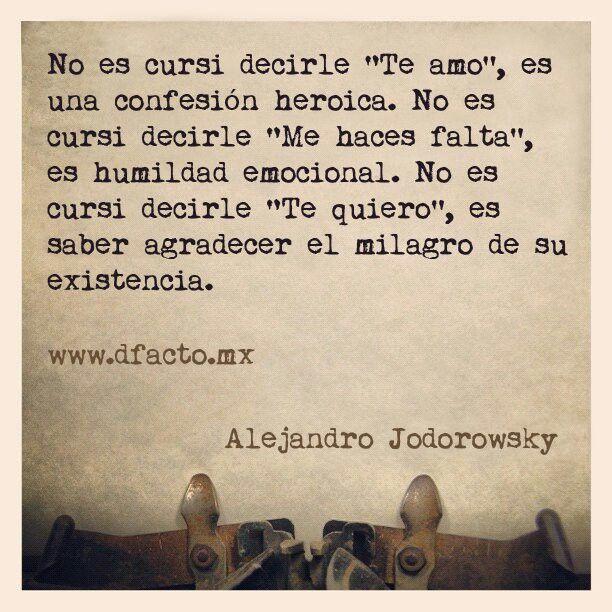 No es. Alejandro Jodorowsky
