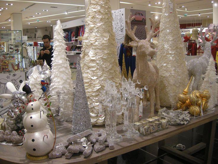 117 best C H R I S T M A S images on Pinterest  Christmas
