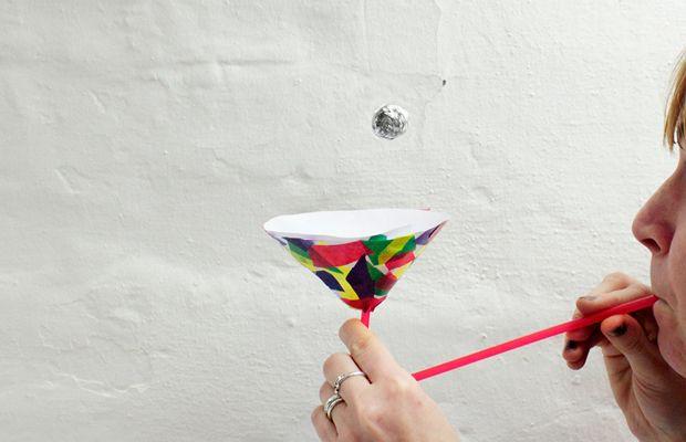 Bastel dein eigenes Geschicklichkeits-Spiel: Pusteball!
