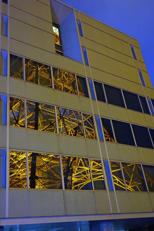 Tokyo Tower reflection