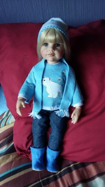 Gotz Beatrix - Polar bear jersey, Gotz jeans, hat and scarf