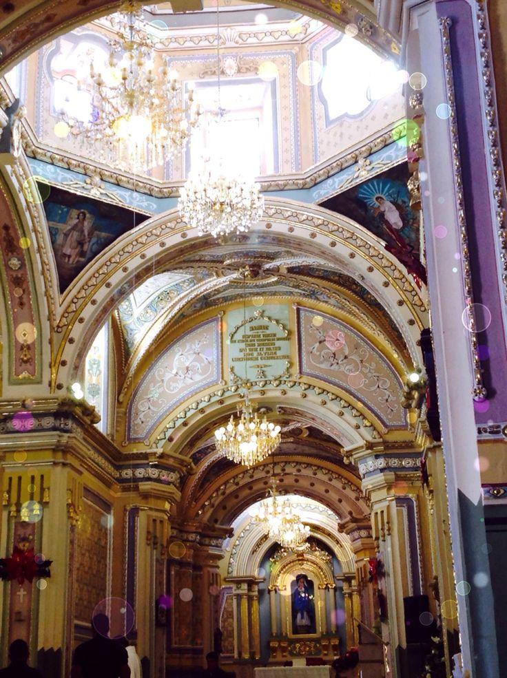 Interior del templo de Manuel Doblado