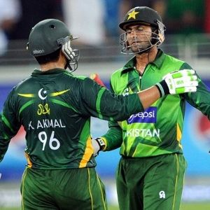 Pakistan Cricket Board (PCB) announces 30 members player name for ICC T20 World Cup 2014 in Bangladesh. Wicket-keeper batsman Kamran Akmal and all-rounder Shoaib Malik has got entrance in T20 squad of Pakistan. Team starts the tournament with a super-10 match against all-time favorite rival India.