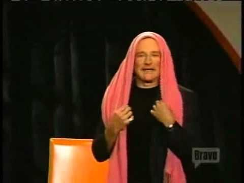 Robin Williams Performed Brilliant Improvised Routine In Response to Question on 'Inside the Actors Studio' in 2001